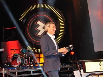 El 'Lobo' Carrasco, sonriente durante la presentación de Champions Total