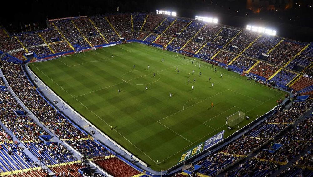 El Ciutat de Valencia durante un partido de Liga