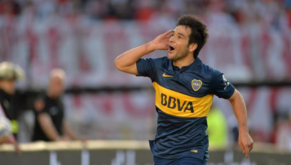 Nicolás Lodeiro celebra el gol de la victoria