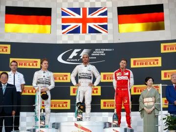 El podio del GP de Japón 2015