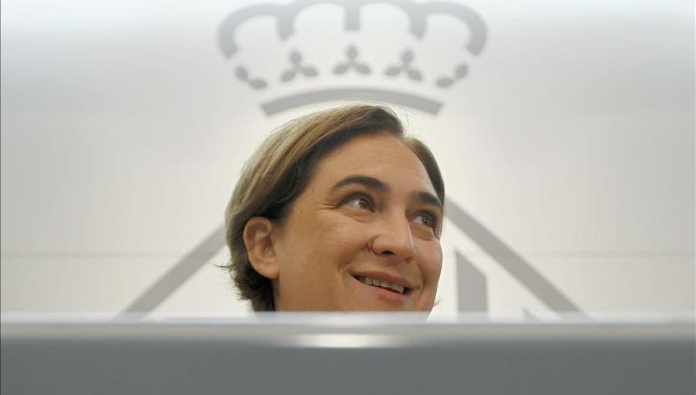 Ada Colau, ante los medios de comunicación