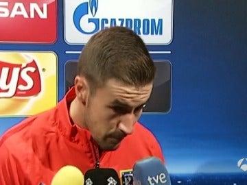 Gabi atiende a los medios tras el partido contra el Benfica