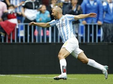 Amrabat celebra un gol con el Málaga