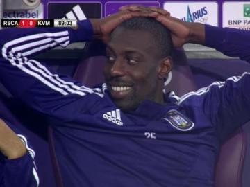 El Anderlecht falla tres penaltis y acaba empatando en el descuento