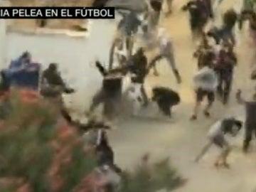 Pelea entre hinchas radicales de Cádiz B y Xerez CD