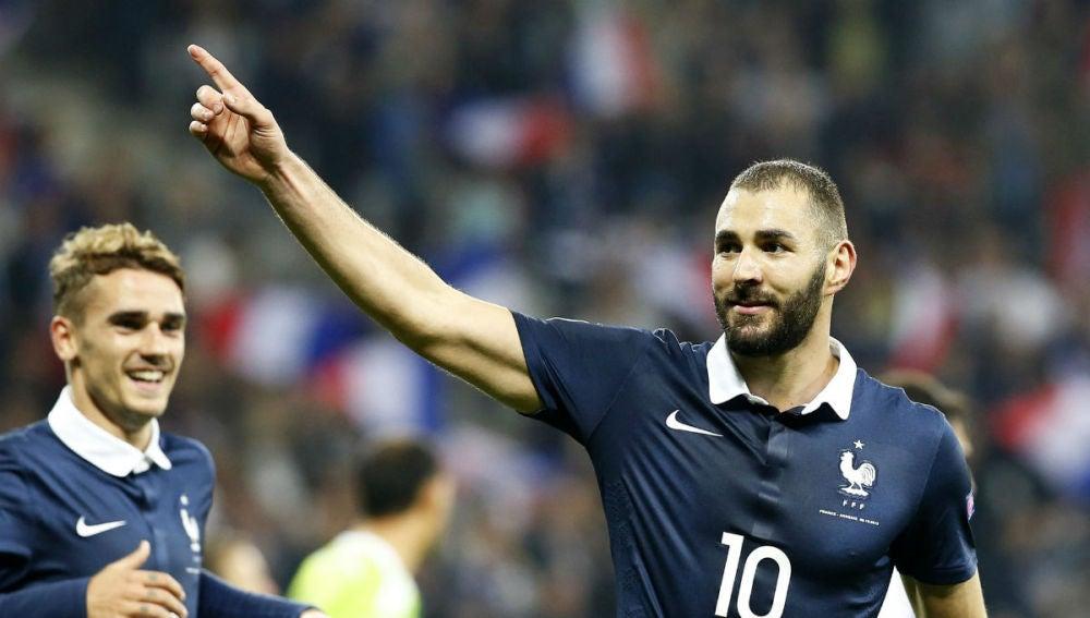 """Un abogado de Benzema: """"Karim es un hombre arrastrado en el barro"""""""