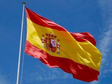 La bandera española en Colón