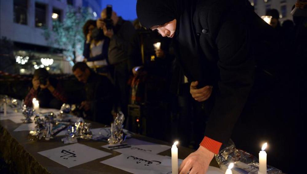 Velas por los fallecidos en el conflicto sirio