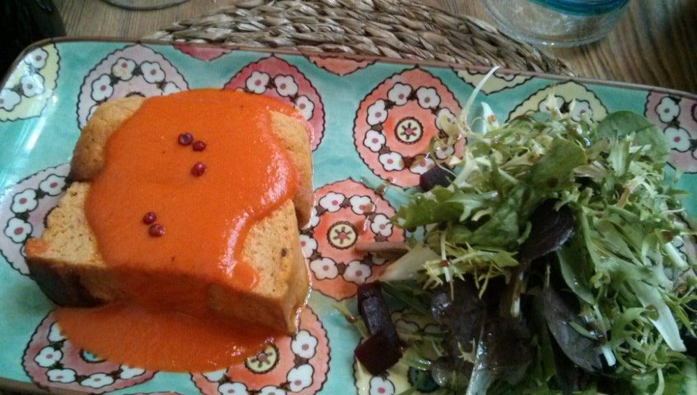 ¿Y si acompañas el pastel de pescado con salsa de tomate?