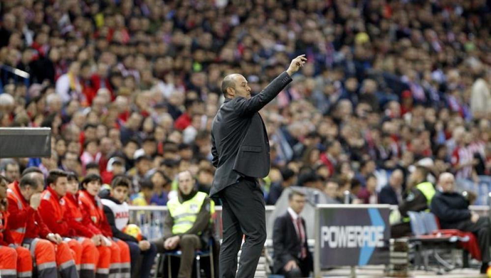 Nuno Espírito Santo, en un momento del encuentro frente al Atlético de Madrid