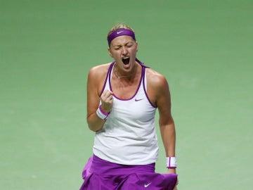 Kvitova celebra su victoria sobre Sharapova