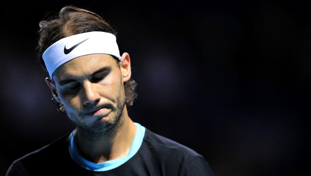 Rafa Nadal, cariacontecido en el partido contra Federer
