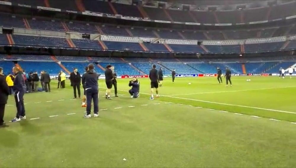 Di María salta al césped del Bernabéu por primera vez desde que se fue