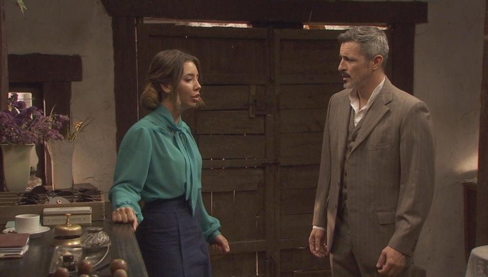 Alfonso y Emilia fingirán felicidad ante los demás