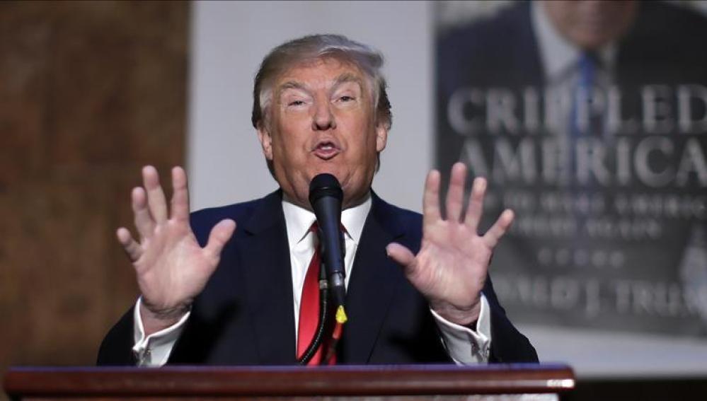Donald Trump en la presentación de su libro