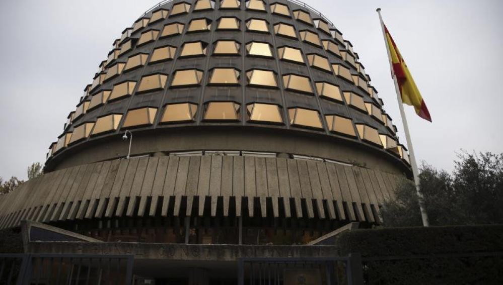 Fachada exterior del Tribunal Constitucional.