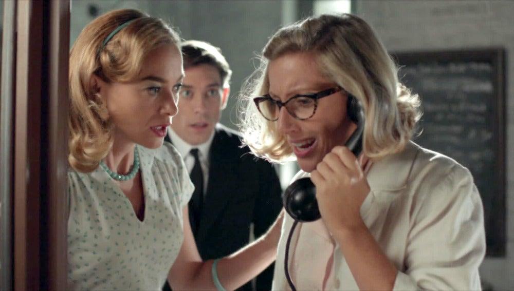 Clara y Rita reciben una noticia de Porrillos