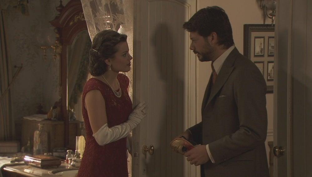 Sol pide a Lucas que se marche tras su encuentro con Eliseo