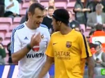 Clos Gómez habla con Neymar