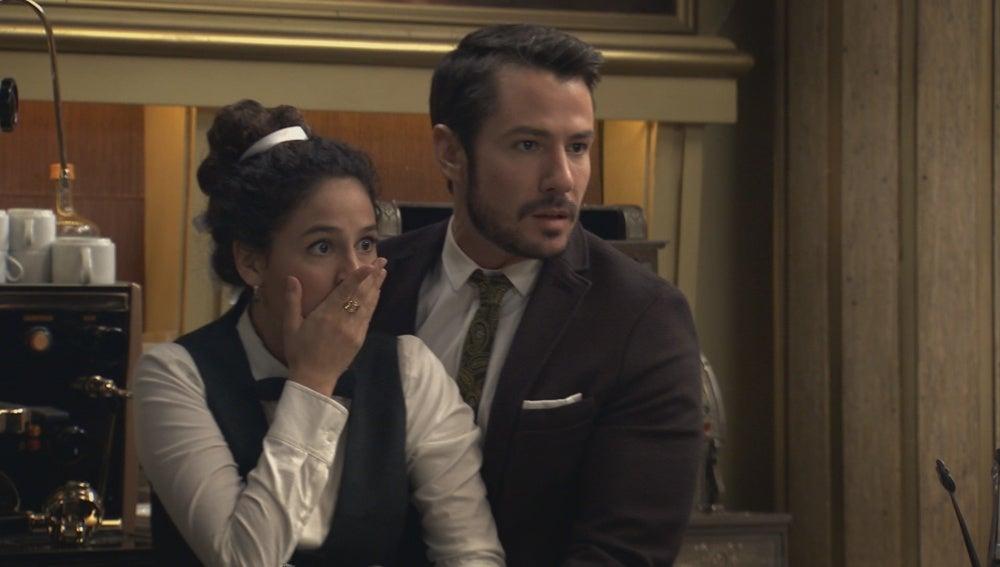 Miguel sufre un atraco en el Café Reyes