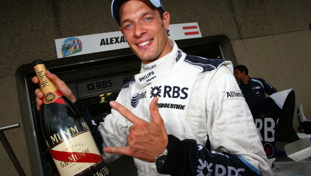Alex Wurz celebra un podio con Williams
