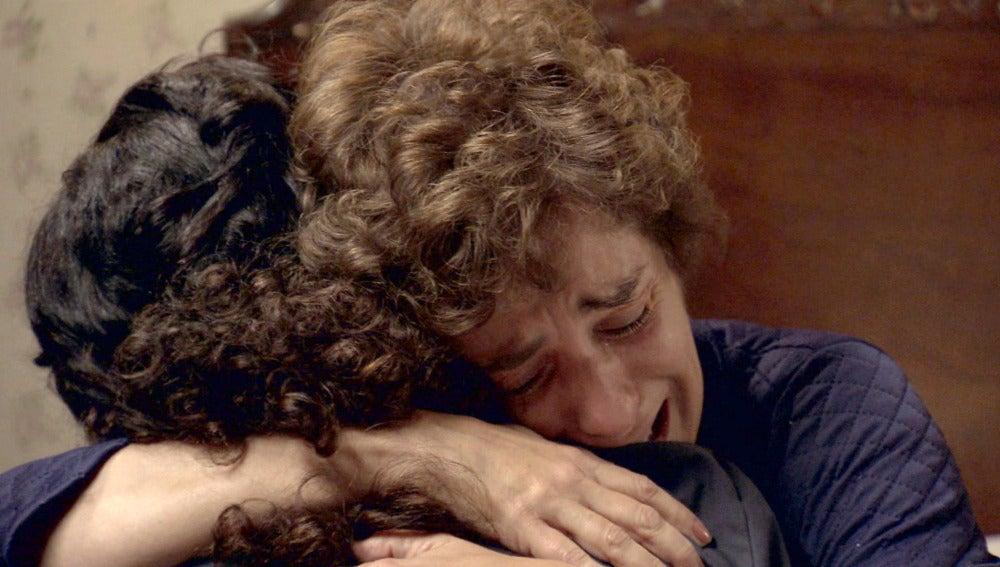 Benigna rompe a llorar con Pepa