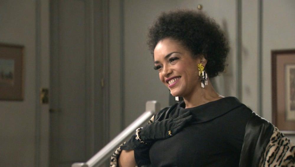 Dalila, la nueva artista del Café Reyes