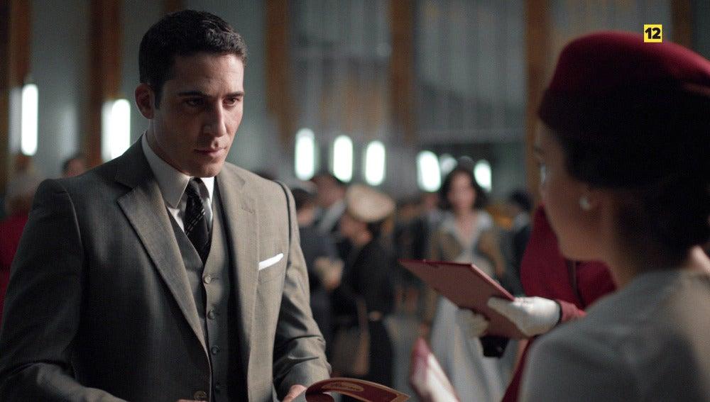¿Decidirá Alberto subirse al avión que le alejará de las galerías para siempre?