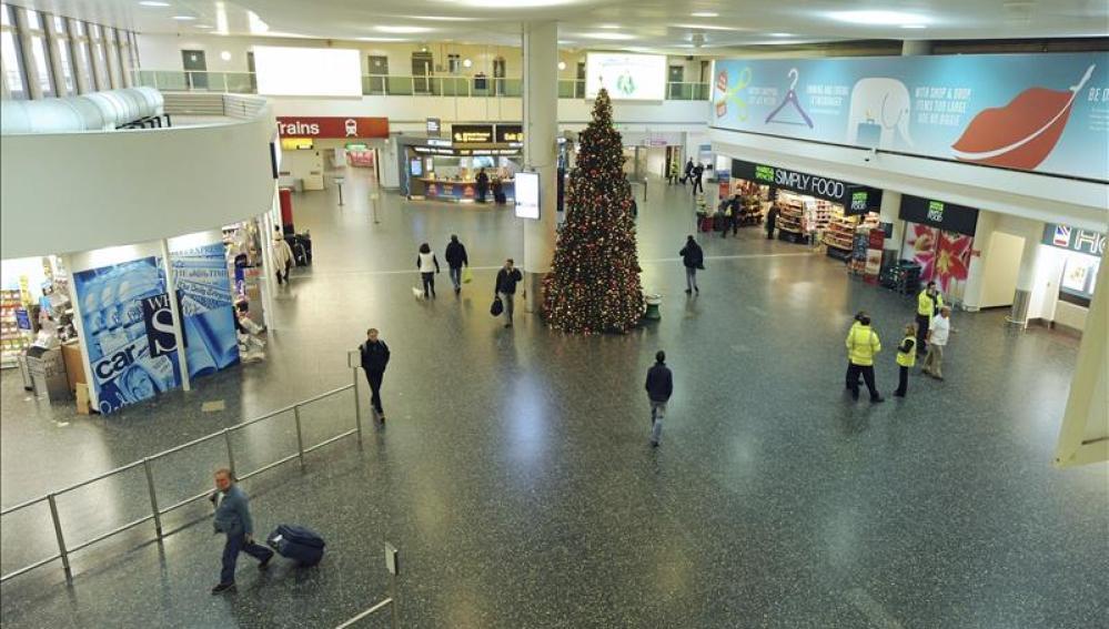 Terminal norte de Gatwick, casi vacío