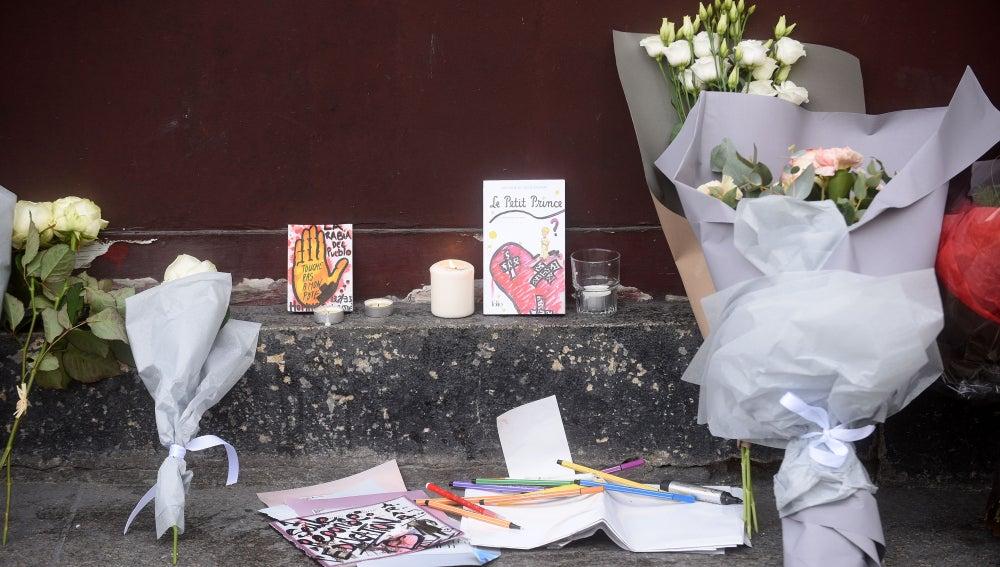 Recuerdo a las víctimas de los atentados en Pa´ris