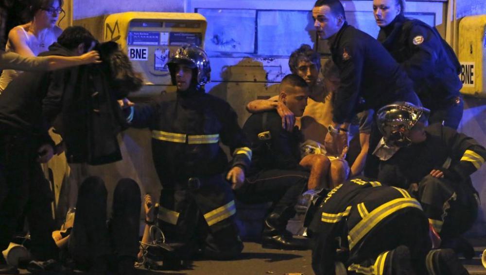 Atención a heridos para ser evacuados