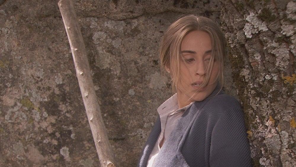 Alguien acecha a Berta en el bosque