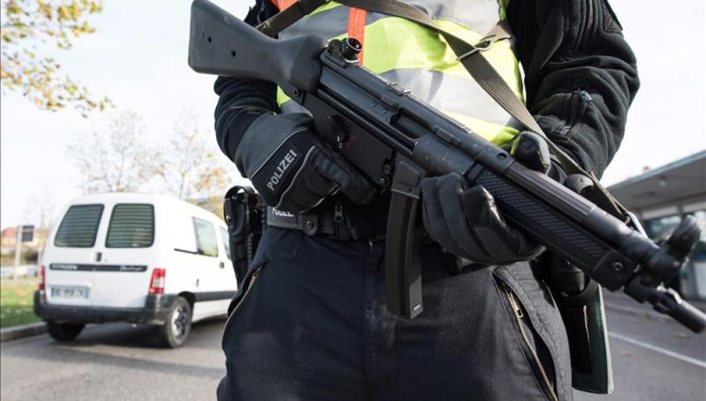 La CE establecerá medidas más estrictas para el control de armas