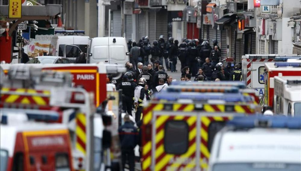 Operación policial en Saint Denis, en el norte de París