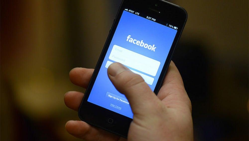 Aplicación de Facebook para el móvil