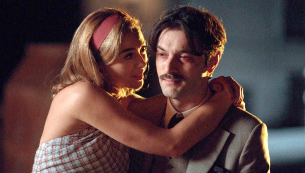 Clara apoya a Mateo en sus peores momentos: