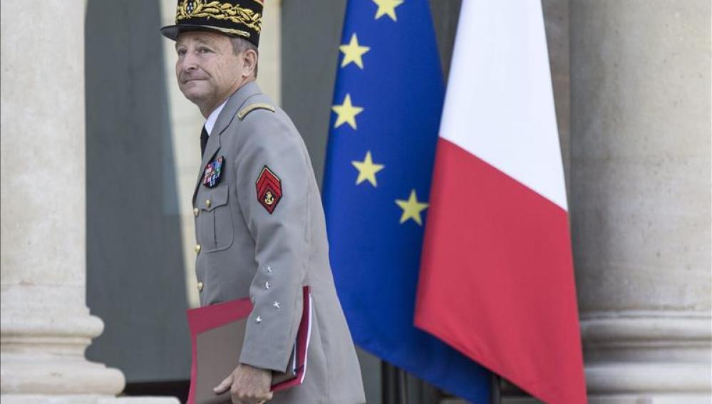 El jefe del Estado Mayor del Ejército francés, el general Pierre de Villiers