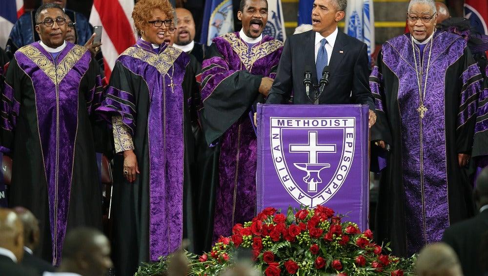 Barack Obama, cantando 'Amazing Grace' tras los atentados de Charleston