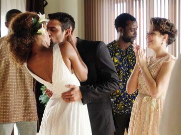 Lucas y Fara se casan