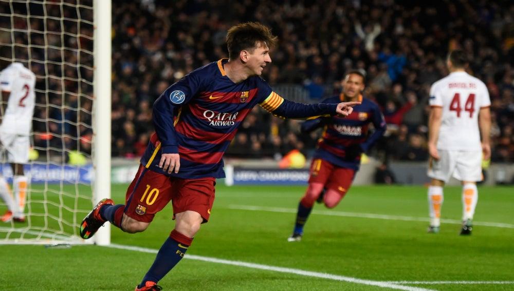 Leo Messi celebra su golazo contra la Roma