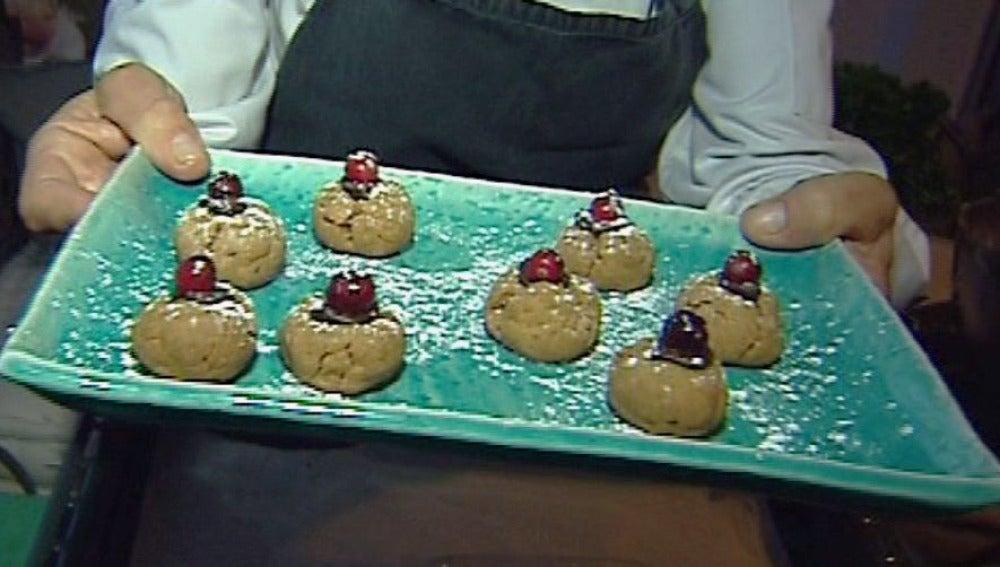 Galletitas navideñas: ideales para preparar con los niños