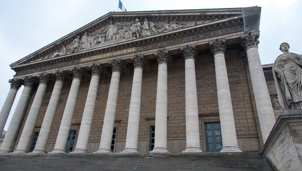 Exterior del Parlamento francés