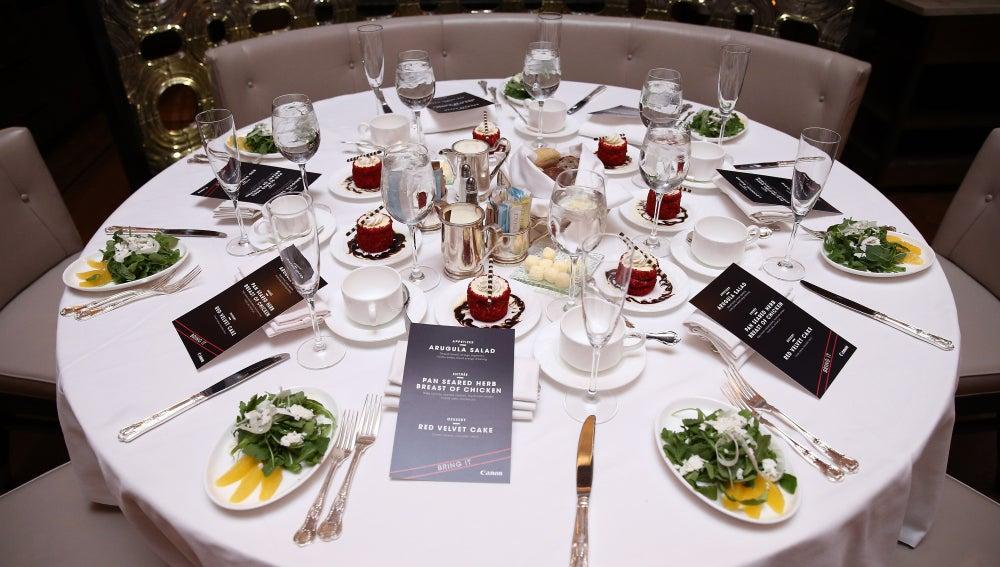 Cena de lujo en el New York Palace