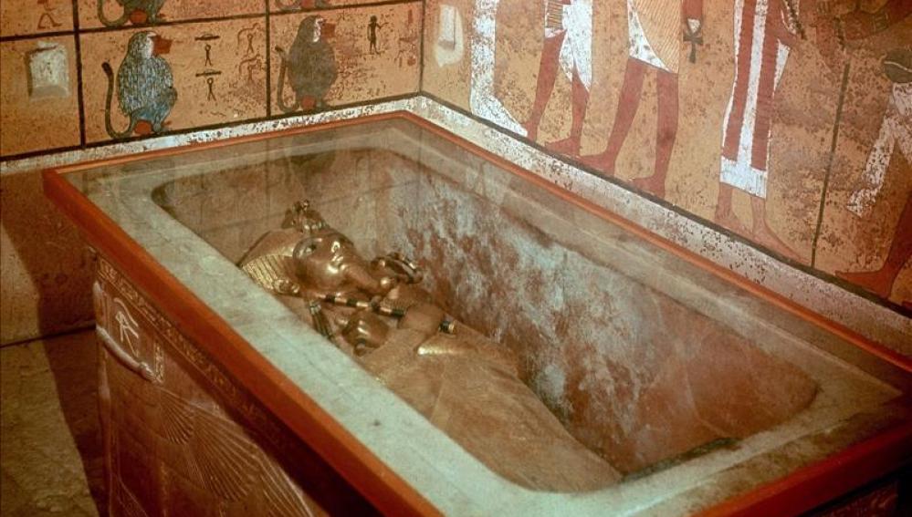 Sarcófago del faraón Tutankamon en el Valle de los Reyes