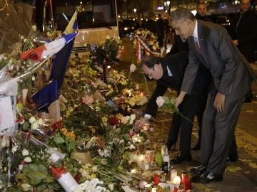Obama acude con Hollande a Bataclan, uno de los escenarios de los atentados de París