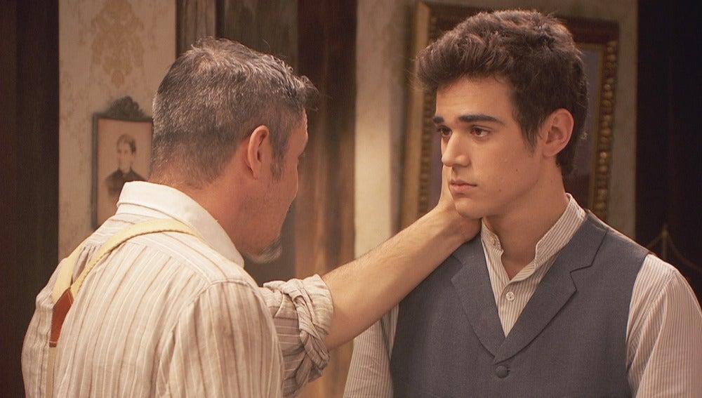 Matías visita a Alfonso y duda si irse a vivir con él