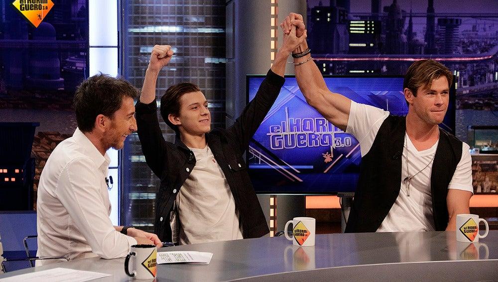 Chris Hemsworth y Tom Holland en 'El Hormiguero 3.0'