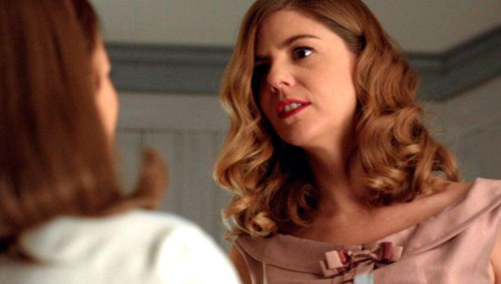 """Cristina empuja a Ana por las escaleras:""""Si yo no voy a tener un hijo de Alberto, tú tampoco"""""""