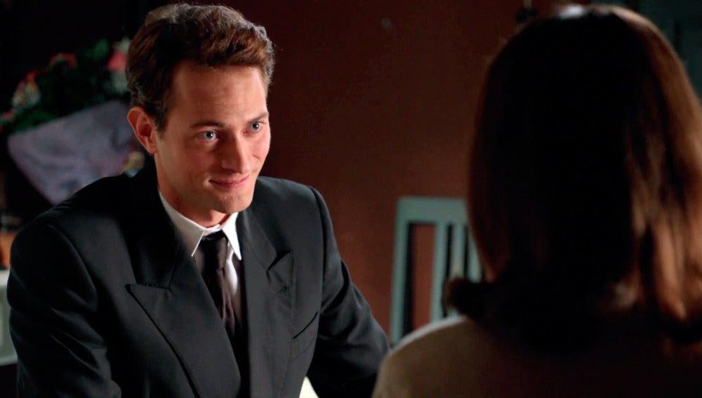 Ana le confiesa a Carlos que está embarazada de Alberto