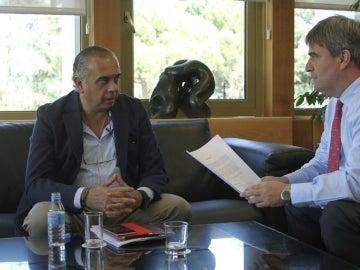José Luis Sáez, junto a Miguel Cardenal